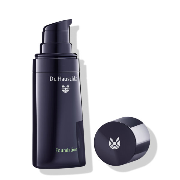 Dr.Hauschka Foundation 02 Almond 30ml